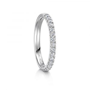 Ladies diamond castle set band